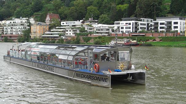 Solarschiff-Heidelberg_Neckarsonne