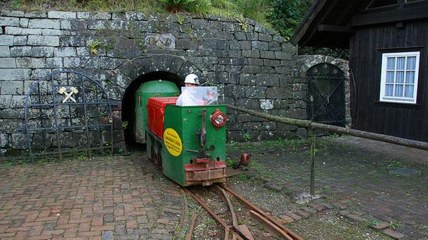 Bergwerksmuseum-Lautenthals-Glück_Bahn