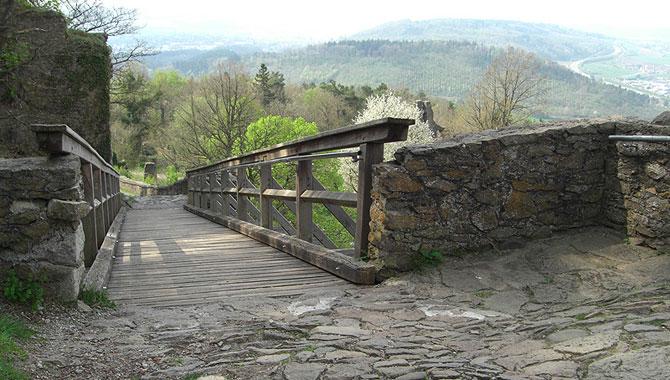 Festung-Hohentwiel_Brücke
