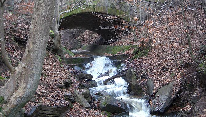 Heslacher-Wasserfälle-in Stuttgart