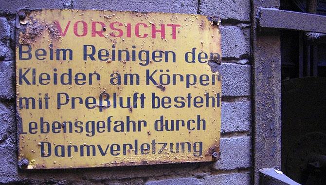 Völklinger-Hütte_Vorsicht