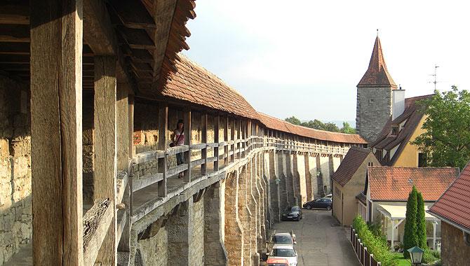 Rothenburg-ob-der-Tauber_Turmweg