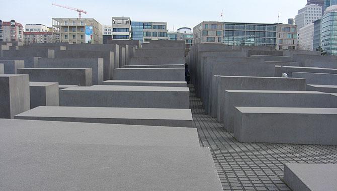 Holocaust-Mahnmal-Berlin_Stelenfeld