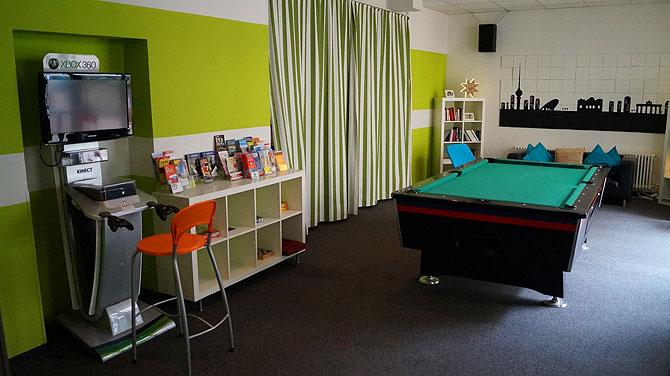 Hotel-103-Berlin_Xbox_Billard