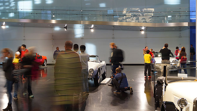 BMW-Museum-München_Besucher