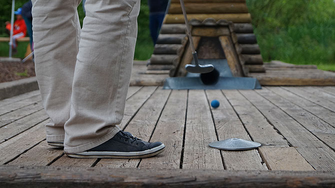 Adventure-Minigolf-Enzklösterle-Golfschläger