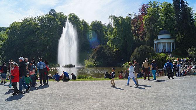 Wasserspiele-im-Bergpark-Kassel_Fontänenteich