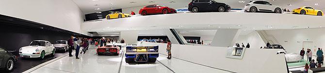 Porsche-Museum-Stuttgart-Panorama
