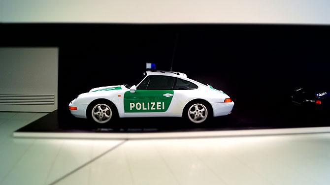 Porsche-Museum-Stuttgart-Polizeiauto