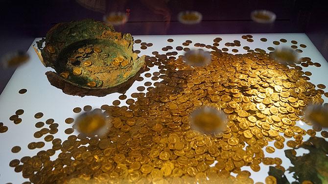 Goldschatz im Trierer Landesmuseum
