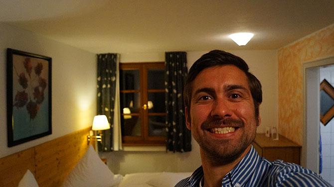 Ich im Zimmer des Hotel Adler Aalen
