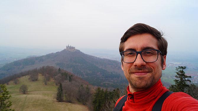 Ich am Zeller Horn vor Burg Hohenzollern