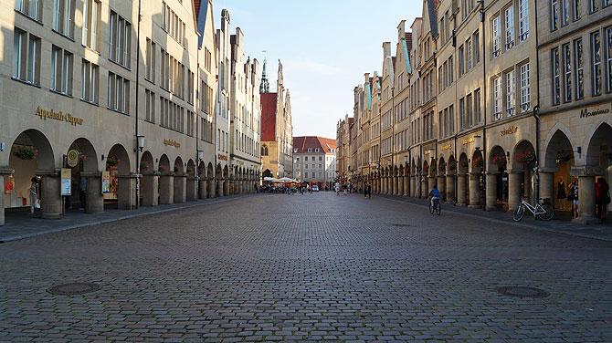 Typisch Münster: Prinzipalmarkt tagsüber