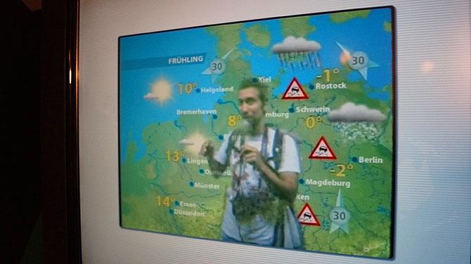 Ich bei der Wettermoderation im Klimahaus