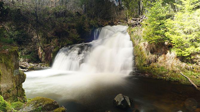Die Menzenschwander Wasserfälle sind beeindruckend.