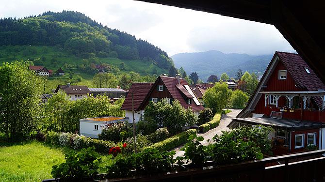 Ausblick vom Balkon auf Ottenhöfen