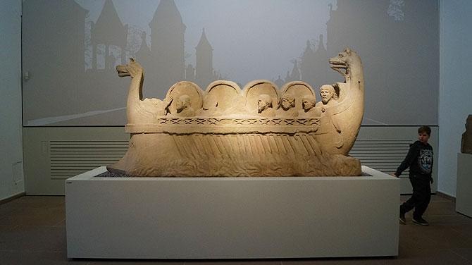 Neumagener Weinschiff im Landesmuseum