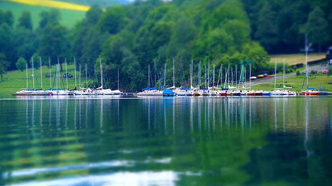Miniaturansicht der Boote auf dem See