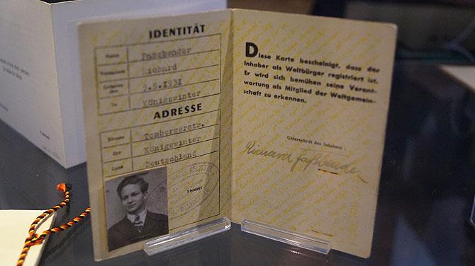 Weltbürger-Ausweis