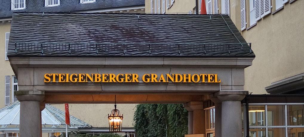 Das Hotel Steigenberger Petersberg liegt in Königswinter bei Bonn.