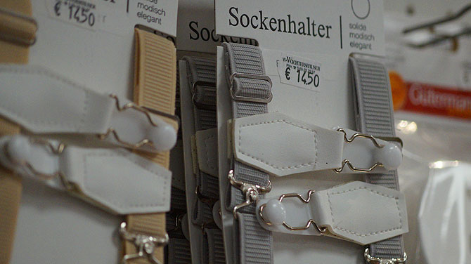 Sockenhalter sind beliebt bei Anzugträgern.