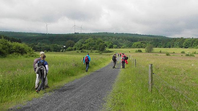 Windräder pägen das Bild im Westerwald.