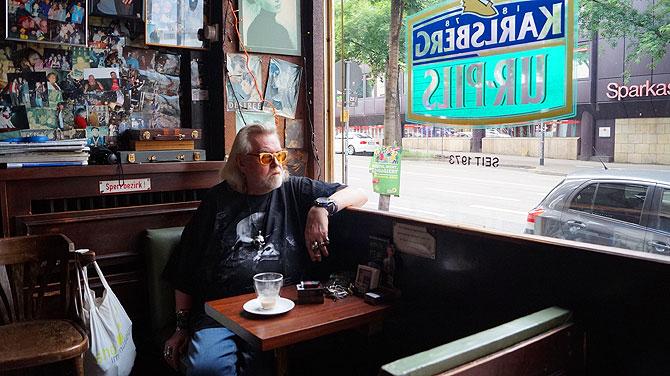 Das ist Onkel Willys Pub am Münsterplatz in Mainz.