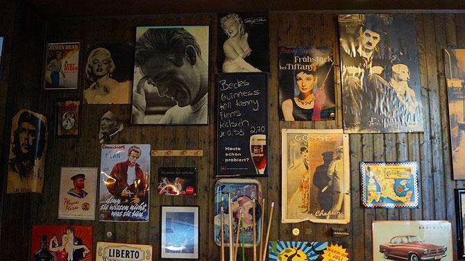 Poster von James Dean und anderen Promis