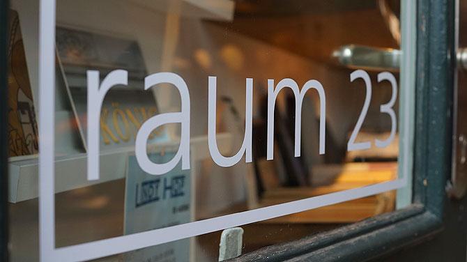 raum23 in Braunschweig ist das Headquarter der Hutmacherin.