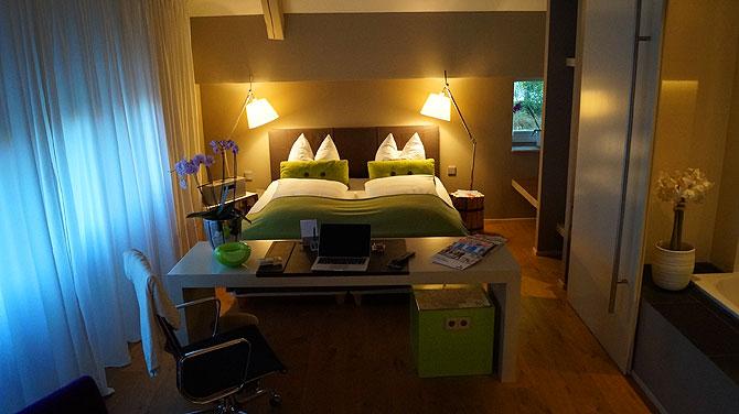 Doppelzimmer im Hotel einschlaf