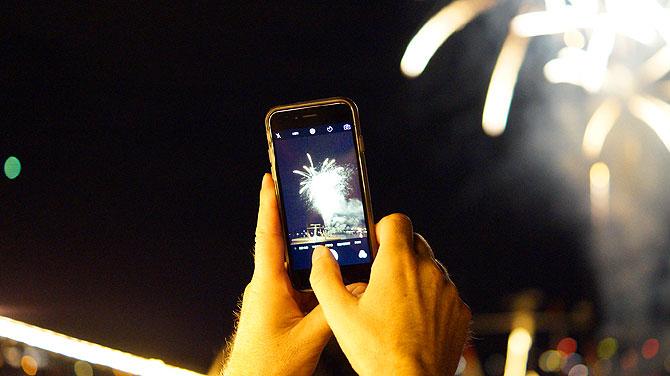 Wer kein Smartphone hat, genießt besser.