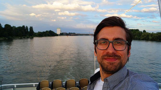 Ich an Bord des KD-Schiffs MS Godesburg