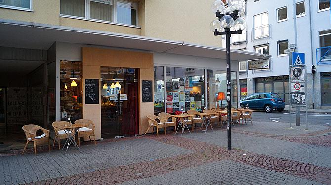 Eingang des Cafés