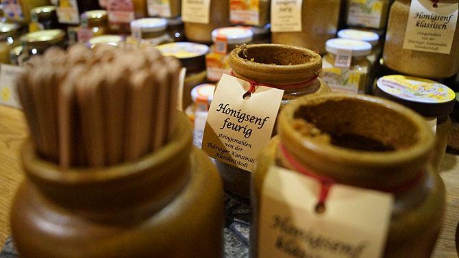 Honigsenf der Schlossimkerei