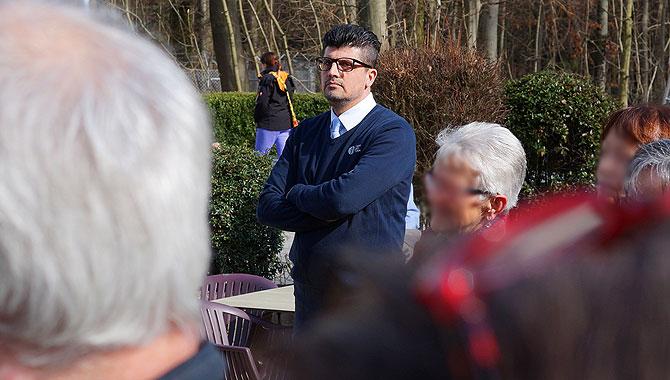 Ayhan während einer Fernsehturm-Führung