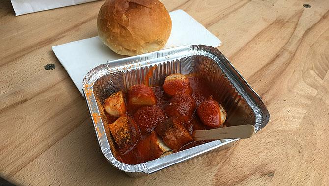 Currywurst im Kalinski Saarbrücken