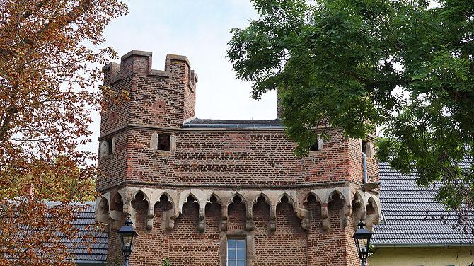 Burg Lechenich ist im Privatbesitz.