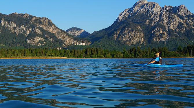 Tolle Ausflugsmöglichkeit: Kanutour auf dem Forggensee