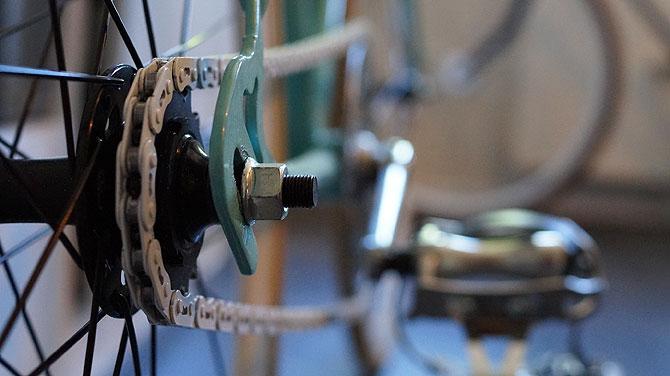 Die Fahrradkette ist aus Teflon, rostet also nicht.
