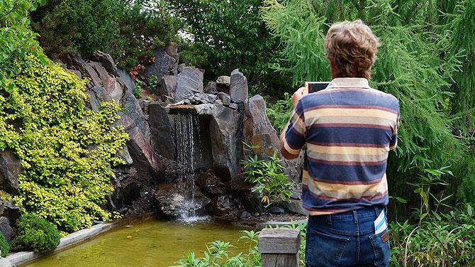 Felsen und Wasser sind wichtige Elemente.