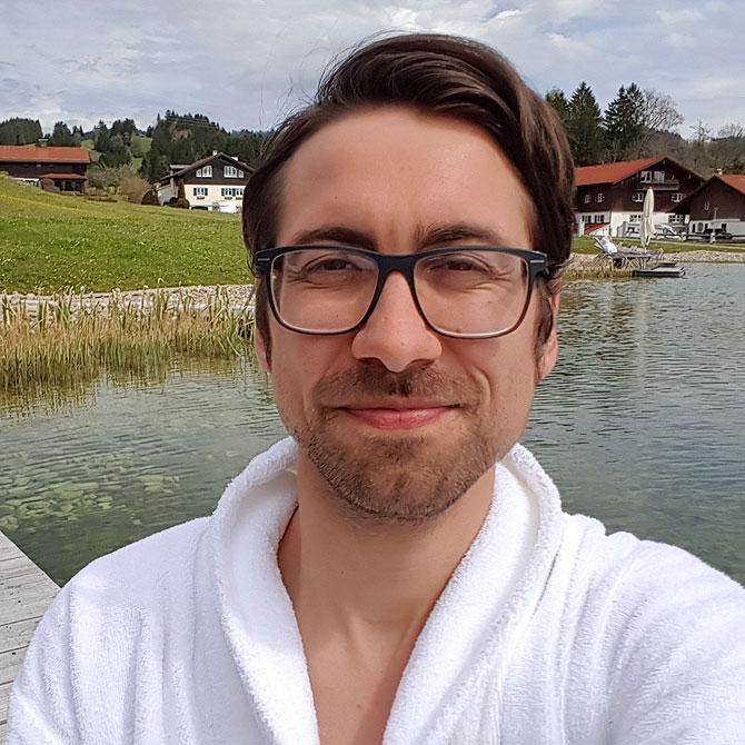 Ich am Natursee im Haubers Hotel Oberstaufen