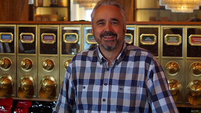 Das ist Andreas Berndt von der Kaffeemanufaktur Hannover