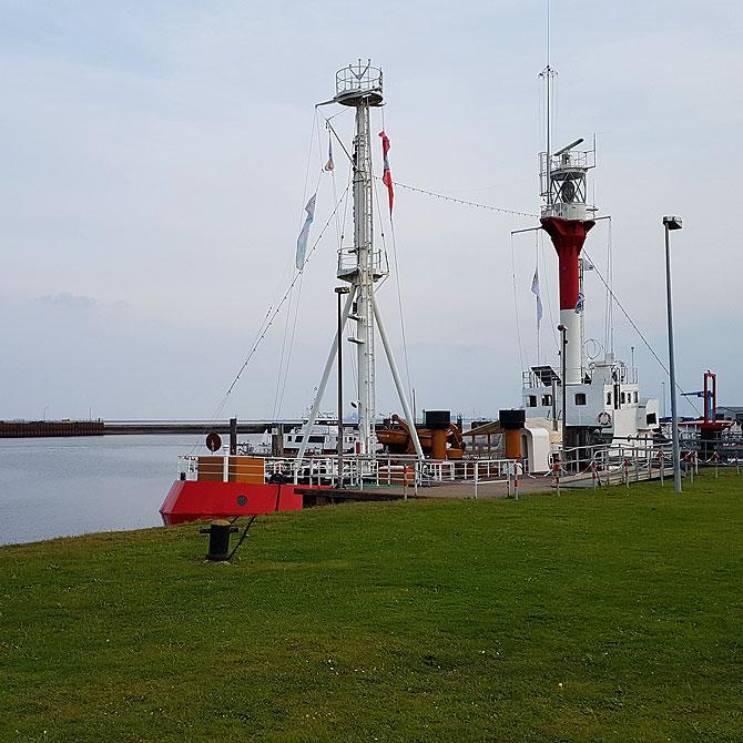 Das Nationalparkschiff Borkumriff im Neuen Hafen
