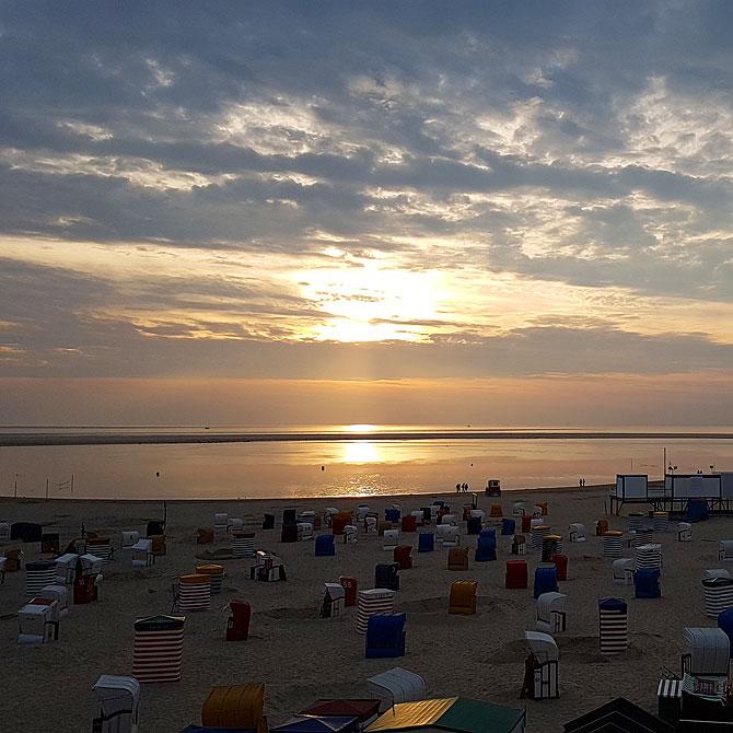 Sonnenuntergang am Strand von Borkum