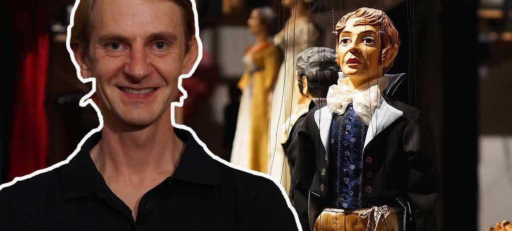 Bernhard Leismüller ist der Marionettenmacher in der Marionettenoper in Lindau
