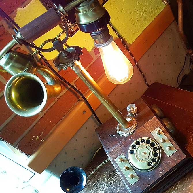 Ehemaliges Telefon vom Umbastler