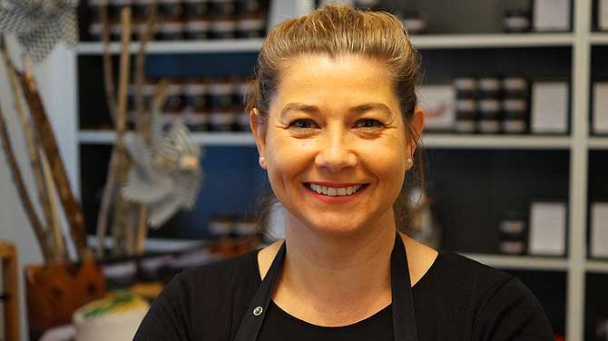 Sabine Lenhart von der Luxusgut Genussmanufaktur St. Ingbert