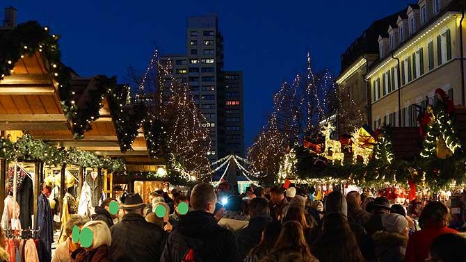Holzhütten vom Ludwigsburger Weihnachtsmarkt