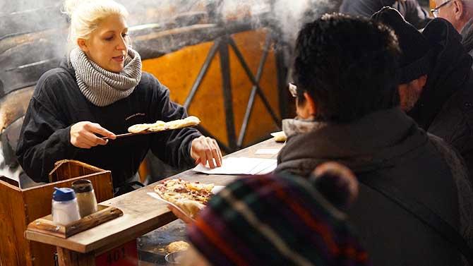Dinnede aus dem Holzofen