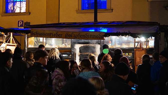 Schussenrieder Holzofen auf dem Weihnachtsmarkt